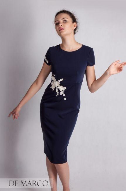 d8777d53b7 Boska stylizacja dla mamy wesela. Ołówkowa sukienka do połowy łydki szyta  na miarę w De
