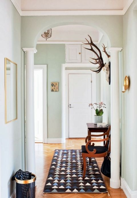 Daily dream decor, great paint color! Benjamin Moore quiet moments