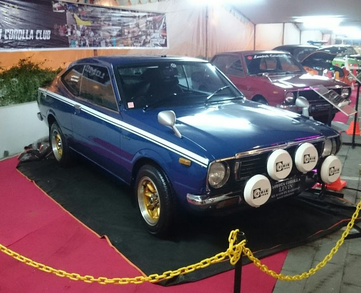 This is my PRIME (Toyota Corolla KE35), he always accompany any of my daily activities