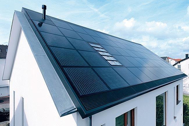 17 meilleures id es propos de panneaux solaires sur toit sur pinterest nergie solaire. Black Bedroom Furniture Sets. Home Design Ideas
