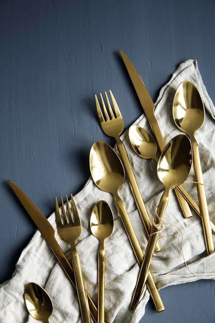 25 best ideas about gold cutlery on pinterest gold flatware green cutlery set inspiration. Black Bedroom Furniture Sets. Home Design Ideas