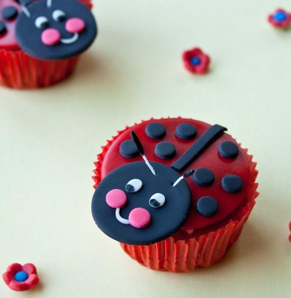 How to make a Fondant Ladybug Cupcake Topper