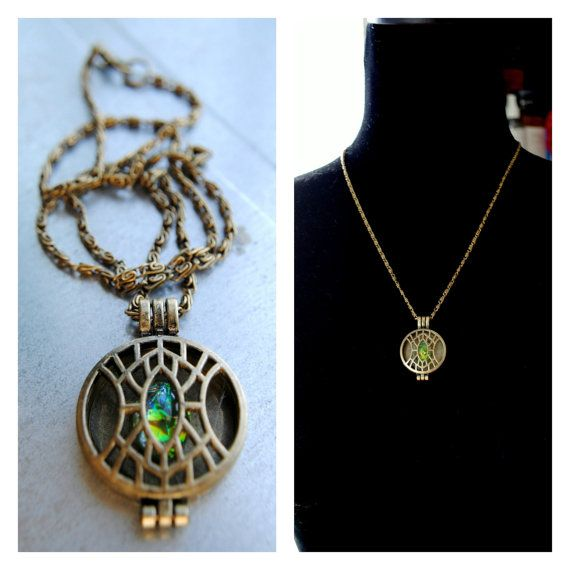 The EYE OF AGAMOTTO as seen in Doctor Strange. Part of the INFINITY STONE COLLECTION! The TIME Stone. _________________________________________ Perfect for the final touch in a cosplay or to low-key represent your favorite fandom! ❥DETAILS: 18 in length 28mm Bronze Locket Pendant