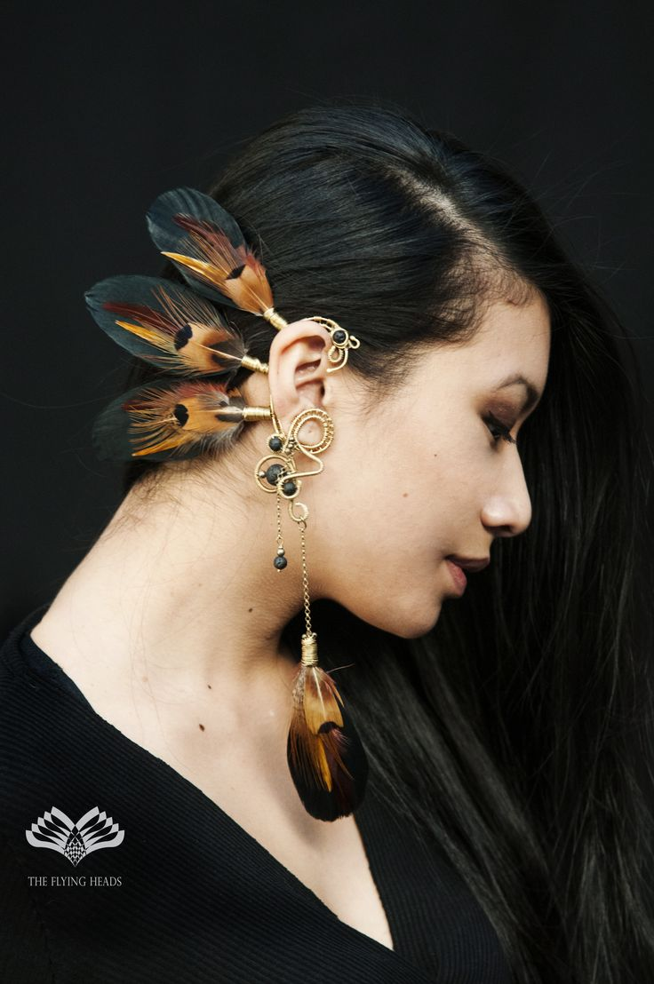 ***The Flying Heads Feather Earcuff*** Earcuffs have always been our special thing. Now it's taking shape on an even more artistic level thanks to the collaboration with Nefisa! Have a really unique piece from us, for a special occasion or even for daily wear!