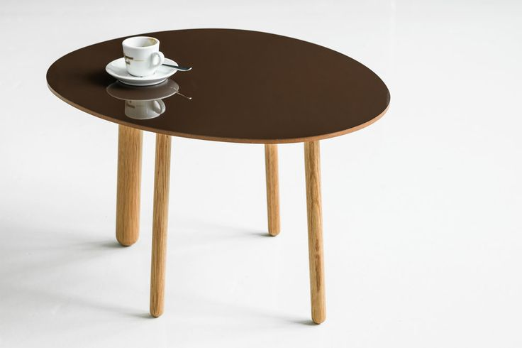 Morris coffee table model 6 in glossy chocolate brown