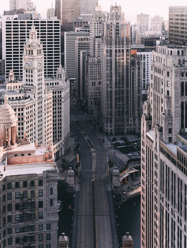 Photographer Michael Salisbury Visualizes Chicago As an Abandoned City Photos | Architectural Digest