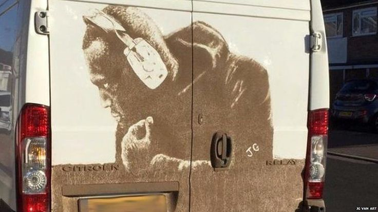 Gas engineer James Gibson spends up to four hours creating mud masterpieces on dirty white vans.