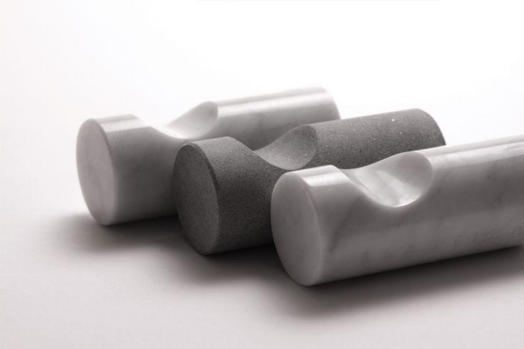 'Dendel' marble hooks in Bianco Carrara & Pietra Serena RLAUTIER*