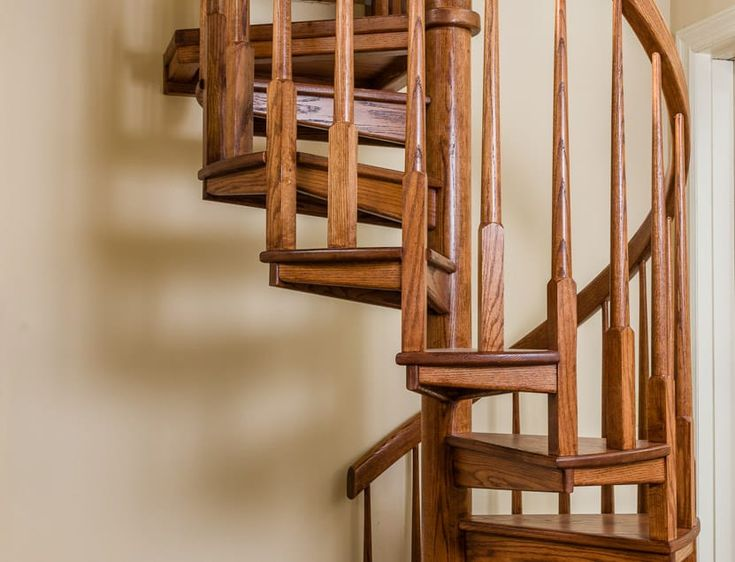 Best The Artisan Traditional Wood Spiral Stairs Wood Stairs 640 x 480