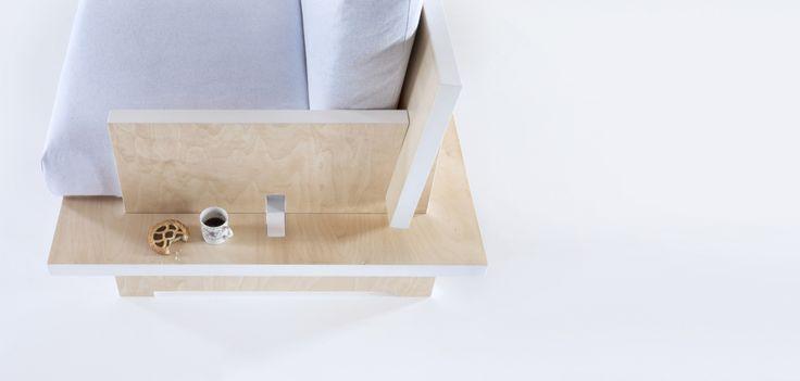 CINQUE minimal three seater sofa | buy online on Formabilio