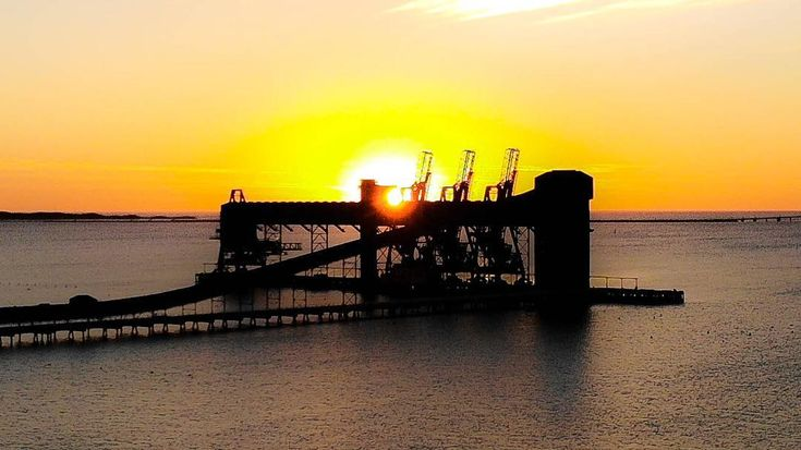 3/3 last one  sorry for spamming but they are all quite different Kwinana Grain terminal at sunset tonight #sunsetporn #perth #perthisok #perthlife #perth_life #perthsunrise #wa #rockingham #wa #nikon #silo #grain #industrial #waisok #life_in_wa #icwest #picturesqueperth #dji #djimavicair #mavicair  #drone #kwinana #dronestagram #perthdrone #ourperth #droneaddicted #droneaddicts #droneoftheday #nikonaustralia #drones.nest #dronegear #gardenisland #cockburnsound