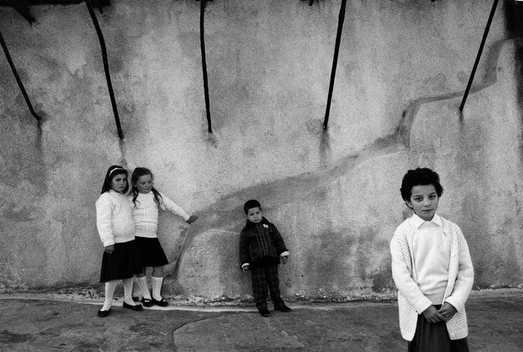 Nikos Economopoulos GREECE. Kea island. School children dressed up on National Day for the parade celebrating the Greek independence (separation from the Ottoman Empire). March 25th, 1988.