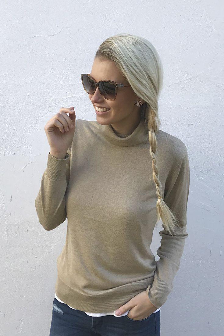 Den rundum perfekten Everyday-Look präsentiert dir @scarlettgartmann: Die knatschenge Skinny Fit Jeans ist ein Basic, mit dem du dich von Freizeit bis Business auf den Alltag einstimmen kannst. Zum Beispiel mit einem klassischen Rollkragenpullover und lässiger Sonnenbrille.