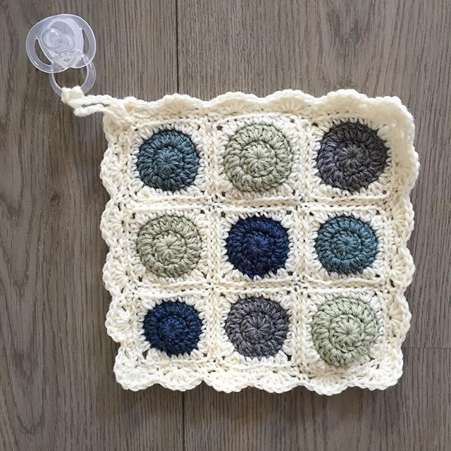 Another little blankey to match the pram blanket ordered a few months ago. We even figured out how to add a loop to attach to the dummy so it's always close by. This is one of my favourite little creations. ☺️  .  .  .  #aydamade #aydamadepattern #blankey #lovey #babyblankey #babylovey #comforter #babycomforter #snuggletoy #sleepytime #miniblanket #crochet #crochetblanket #babygift #nursery #babyshower #sutherlandshire #sydney #shirekids #shiremums