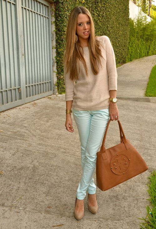 love this mint and cream combo!: Mint Pants, Colors Combos, Mintgreen, Mint Green, Tory Burch, Outfit, Mint Jeans, Mint Skinny, Mintpants