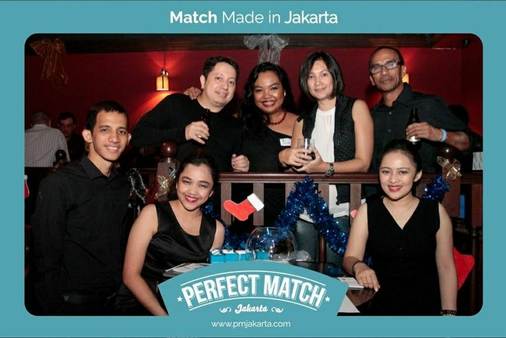 When #PMJakarta.com was introduced to public at the first time on December 17, 2013 - this is the lovely team that makes it happen, and bring the hope of love to busy 28+ single eligible business professionals in jakarta