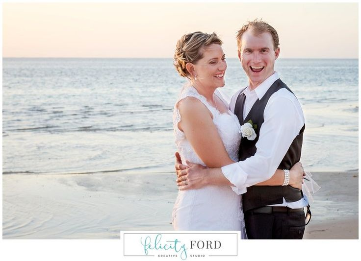 Fun Relaxed Wedding Photos in Coral Bay WA by Pilbara Photographer Felicity Ford - 0488 120 605 - www.felicityford.com   #weddingphotocoralbay #tompricewaphotographer #felicityfordphotography #pilbaraphotographer #reddirtphotos #familyphotographer