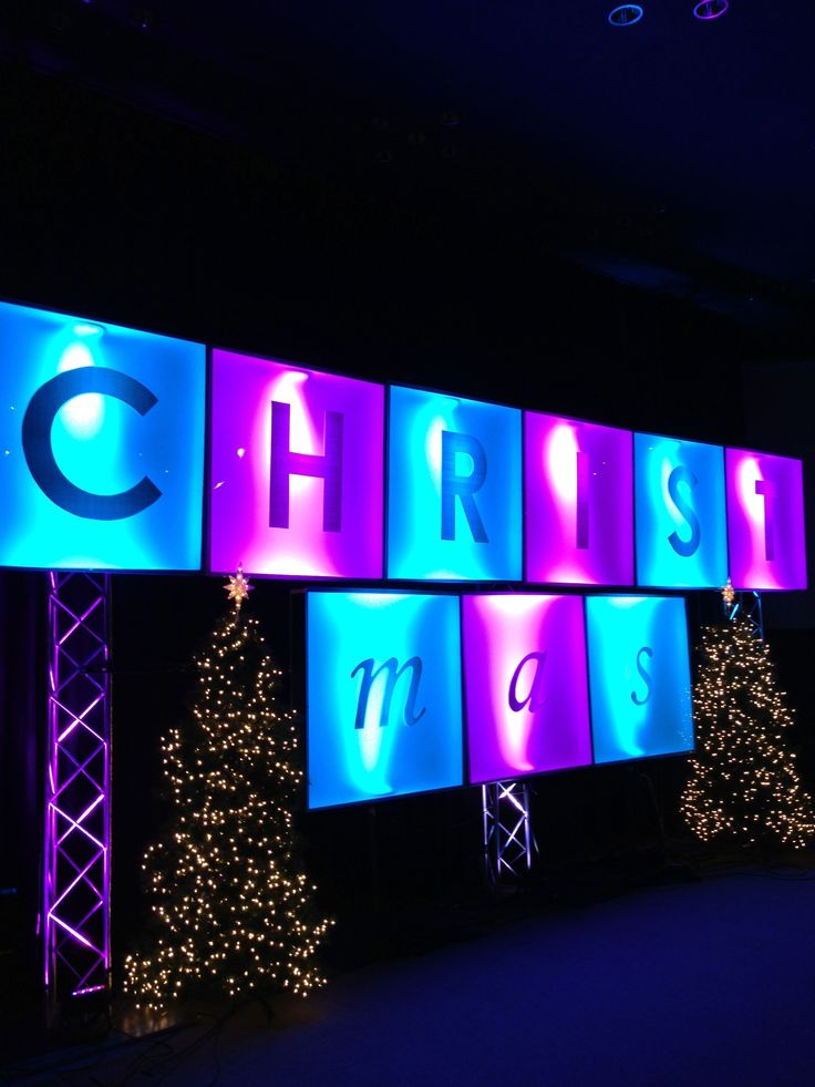 christmas stage set ideas | Christmas Ransom | Church Stage Design Ideas