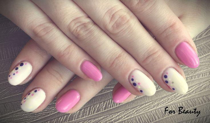 kolorowe paznokcie hybrydowe wiosna 2017 wzorek - salon kosmetyczny For Beauty