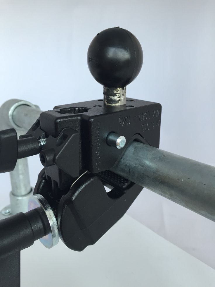 Manfrotto heavy duty pipe mount in combination with RAM Mount C-size ball. Perfect camera mount.
