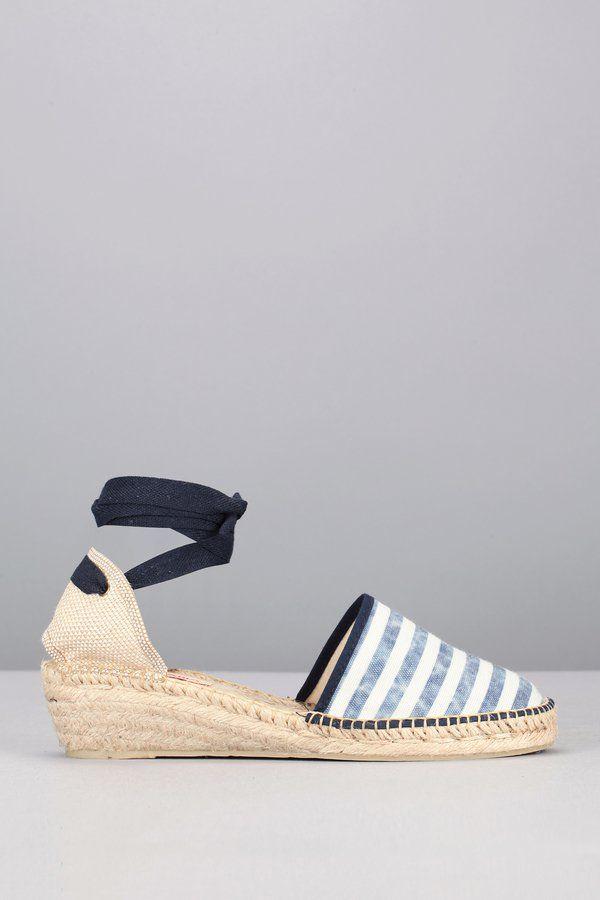 Pin for Later: La It Chaussure de l'Été Est un Modèle Auquel Vous N'aviez Pas Pensé Depuis des Années  Pare Gabia Espadrilles compensées rayées (69€)