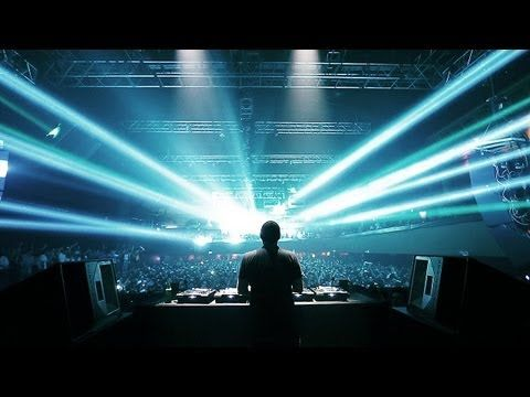 Footage taken Eric Prydz' two sell out performances at Roseland Ballroom, NYC in November 2012.    Like:    https://www.facebook.com/EricPrydzOfficial  Follow: https://www.twitter.com/ericprydz  Web:   https://www.ericprydz.tv