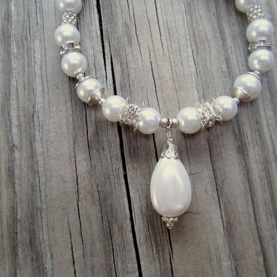 his beautiful pearl bracelet is a new listing.  It would be a beautiful accessory for a bride!