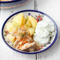 Potrawka czyli sposób na wykorzystanie mięsa z rosołu. Potrawka z kurczaka lub indyka w sosie koperkowym. Potrawka dla dzieci.
