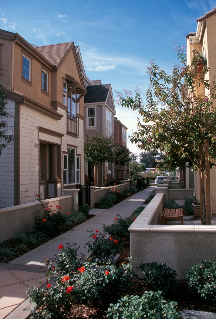 community corridor along the multi-family homes within Rivermark, Santa Clara, CA