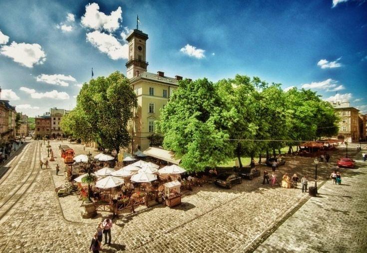 Овеянная мистикой Львовская ратуша - Путешествуем вместе