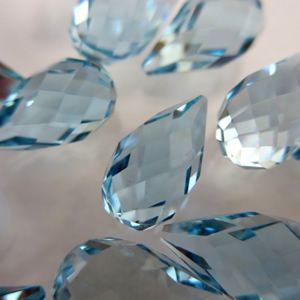 A pedra preciosa que sempre ocupa o meu coração! Presente tão valioso que ganhei da minha avó! Não existe pedra que eu ame mais, nem o diamante.
