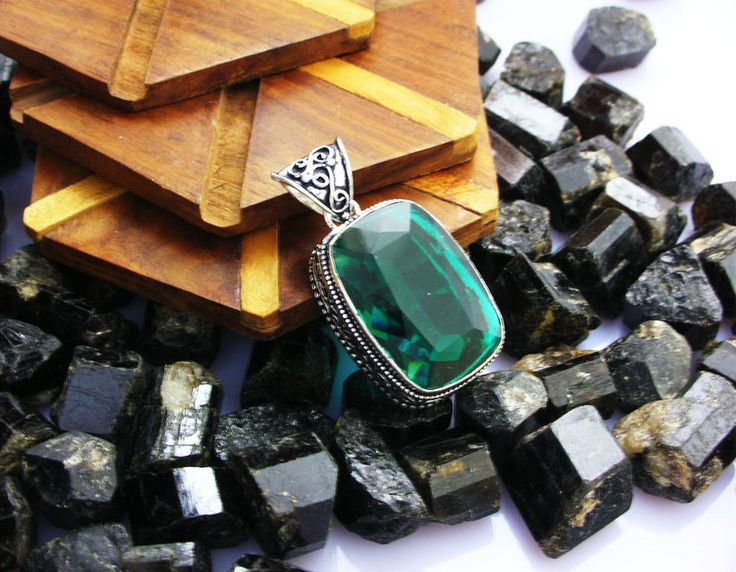 Topaz Jewellery – Green Topaz 925 Sterling Silver Pendant,Necklace – a unique product by IndianCraftPalace on DaWanda