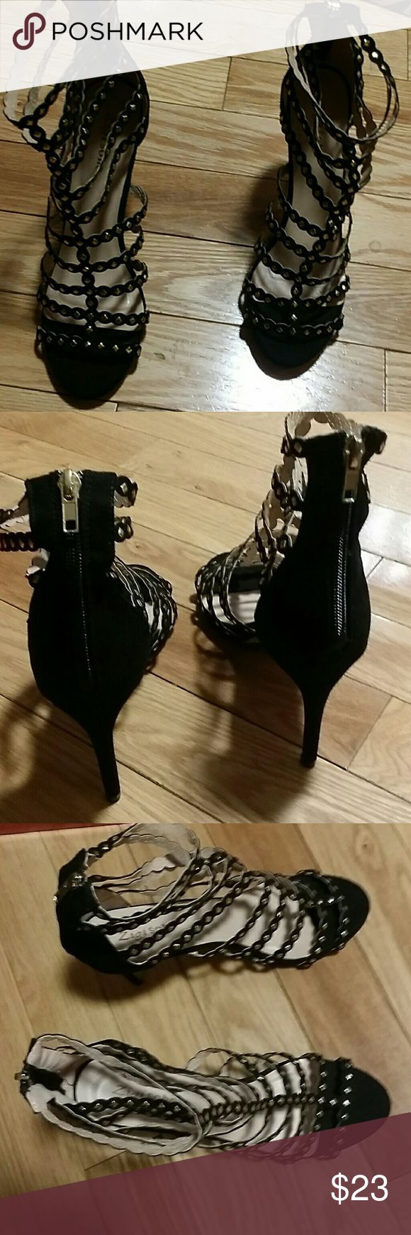 Woman's shoes 3 inch heels black zips up in back gold studs Nwot Zigi Soho Shoes