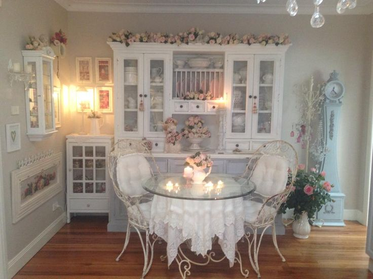 25 best ideas about shabby chic cabinet on pinterest for Shabby chic dining room ideas