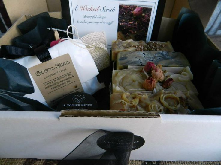 A selection of 4 handcrafted soaps, an all natural soap pouch, Cocoa Shea Lotion Bar and our Lip Balm. Winter Wonderland Market Night opens at 9pm, on Tuesday 27th May, 2014. The first person to comment sold will be able to purchase the item direct from the business listed on the item.