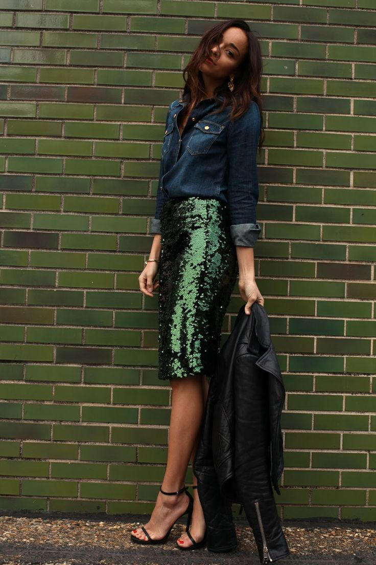 Oh to be able to pull this off…love the skirt.