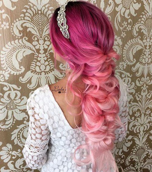 Magenta HaarFarbe Bei der Wahl etwas so kühn wie magenta Farbe des Haares, es ist wichtig zu verstehen, die das Maß an Engagement…