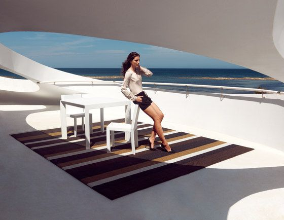 Tappeti per esterni | Outdoor flooring | Lines XS | Vondom. Check it out on Architonic