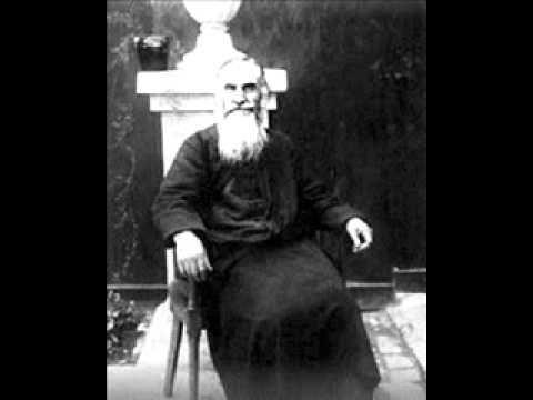 """Gala Galaction, traducătorul Sfintei Scripturi, a rămas repetent ca să fie coleg cu Tudor Arghezi şi a renunţat la călugărie, îndrăgostit de """"surioara Zoe""""   adevarul.ro"""