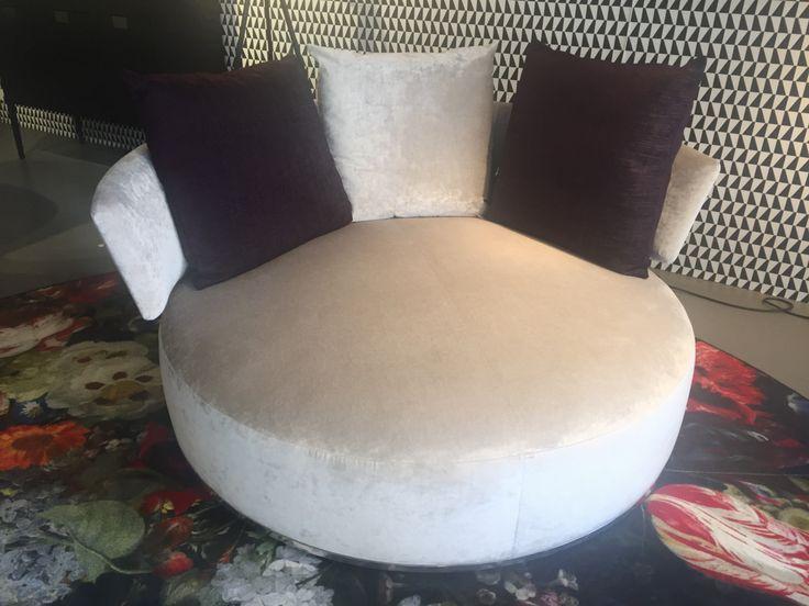 Sofa rund oval  25+ beste ideeën over B&b italia sofa op Pinterest - Stoffen bank ...
