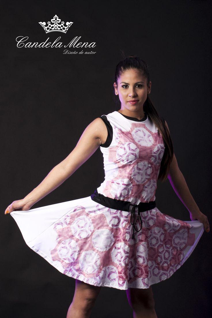 Diseño: Candela Mena (Diseño de autor) Modelo: Paula Diaz Make up: Rocio Angueira Make Up PH: Mercedes Frias
