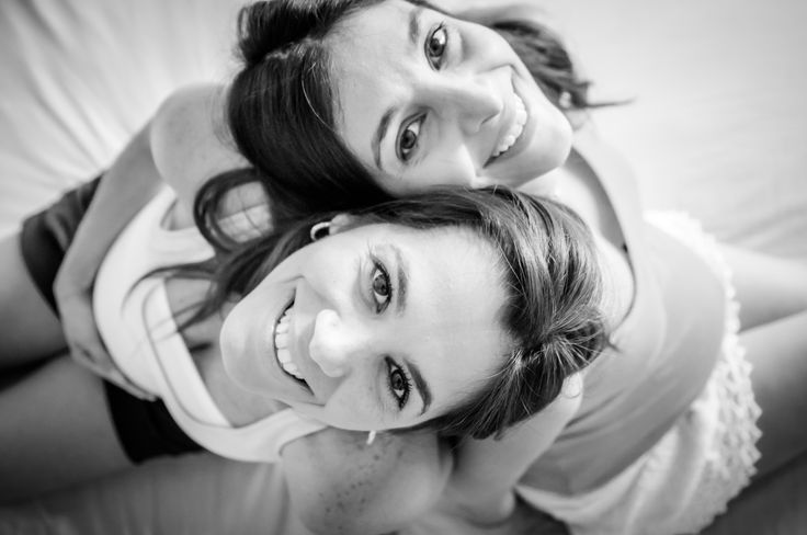 twins pregnancy photo