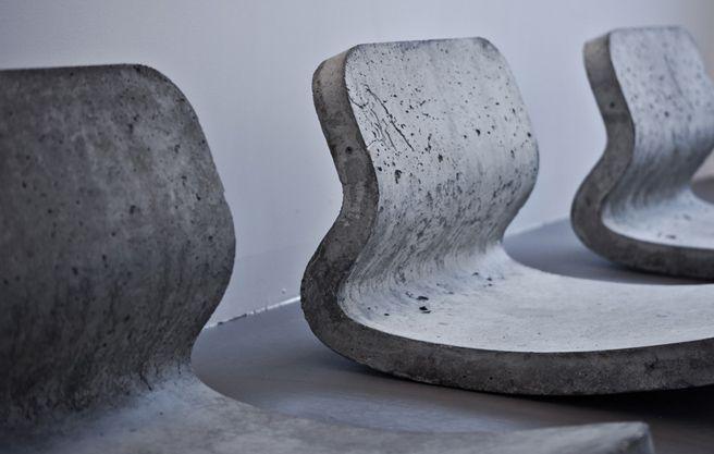 Schaukelstuhl aus Beton | Stilsucht