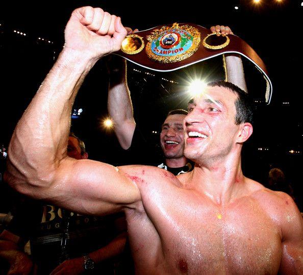 Boxing great Wladimir Klitschko calls David Haye against Dereck Chisora a 'freak show'