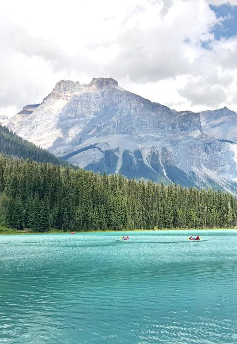 Emerald Lake, Yoho National Park #CanadianRockies