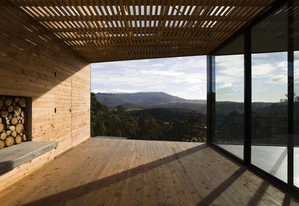 Another simply stunning property in Aussie, Tasmania. LOVE these rural sites.