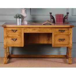 Old Charm Chatsworth CT2936 Writing Desk http://www.furniturebrands4u.co.uk/old-charm/chatsworth