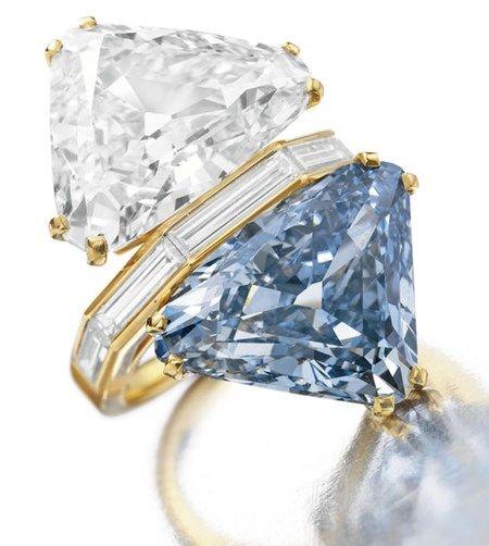 Bulgari kék gyémánt gyűrű