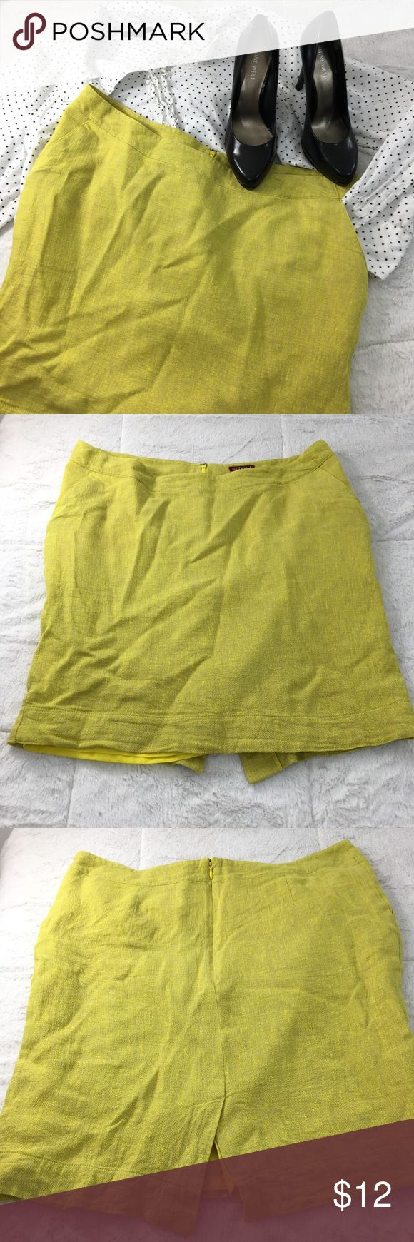 Neon Yellow & Tan Linen Texture Pencil Skirt This statement skirt has it all- a stunning neon yellow fiber mixed with a neutral tan fiber to create a linen-like texture, it's fully lined, and it has pockets! Paired with other listings- a size XL Tommy Hilfiger Polka Dot Ruffle shirt, & size 6 Nine West black heels. Merona Skirts Pencil