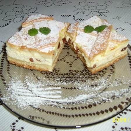 Egy finom Francia túrós pite ebédre vagy vacsorára? Francia túrós pite Receptek a Mindmegette.hu Recept gyűjteményében!